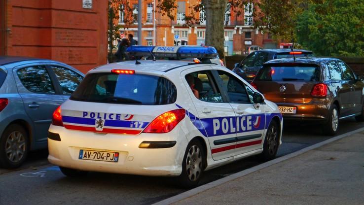 """Francja: ugodził nożem Żyda. Krzyczał """"Allah akbar"""""""