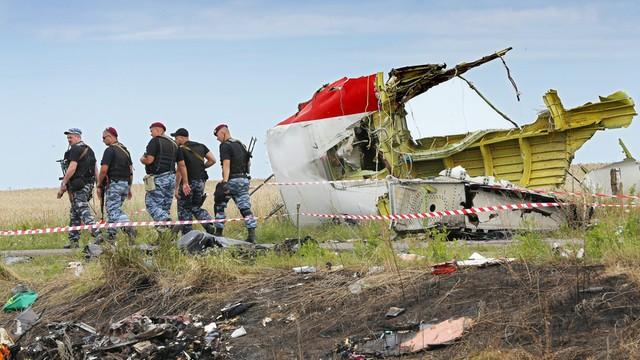 Rodziny załogi boeinga zestrzelonego nad Ukrainą pozwały Malaysia Airlines