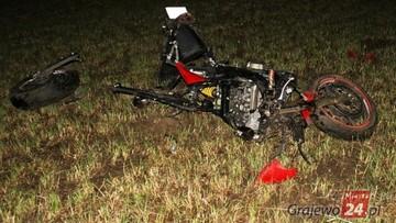 17-06-2017 13:13 Tragedia na drodze. Motocyklista uderzył w przechodzącego łosia