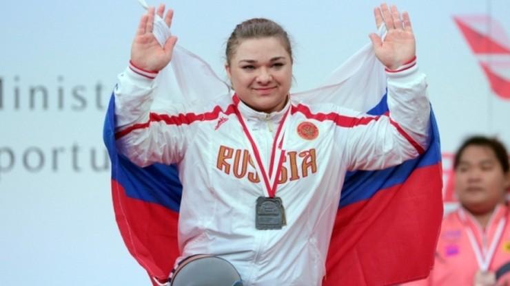 Kaszirina pięć razy poprawiała rekordy świata w +75 kg