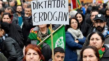 05-11-2016 22:53 Austria żąda zdecydowanej postawy UE wobec Turcji