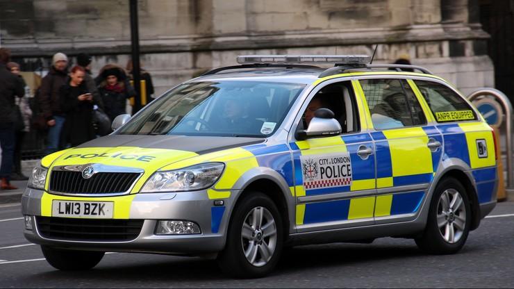 Seria ataków kwasem w Londynie. Zatrzymano nastolatka