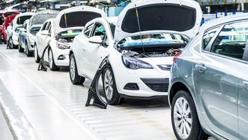 06-01-2016 12:54 O połowę więcej samochodów z gliwickiej fabryki Opla