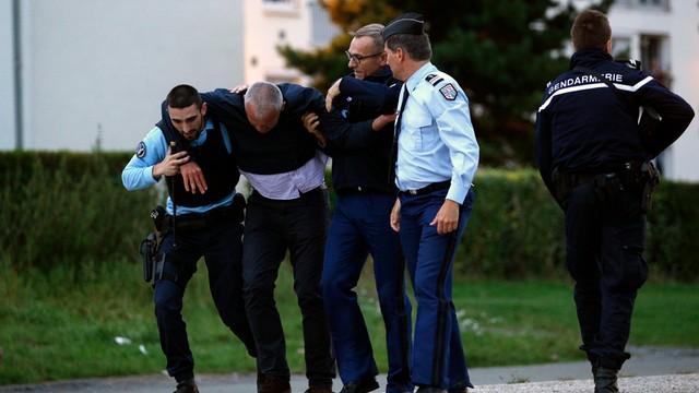 Francja: mężczyzna zastrzelił cztery osoby na romskim obozowisku
