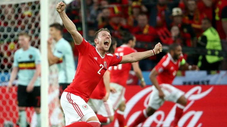 Rodzice walijskiego piłkarza wolą mecz od ślubu jego brata. Świadkowie połączą się przez skype'a
