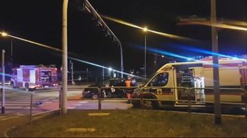 Zderzenie dwóch aut na skrzyżowaniu w Łodzi. Nie żyją trzy osoby