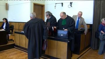 22-04-2016 14:42 Sprawa marszałka oskarżanego o korupcję i gwałt: wniosek o skierowanie sprawy do innego sądu