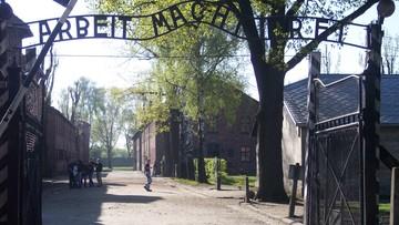 21-11-2016 14:50 Zniszczyli bramę Muzeum Auschwitz. Staną przed sądem