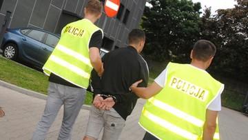 12-07-2017 16:07 Zatrzymano osiem osób, które napadły na taksówkę w Łodzi