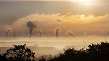 """""""Jeśli będzie szkodliwa dla Polski, to ją zaskarżymy"""". MŚ o unijnej reformie dot. pozwoleń na emisję CO2"""