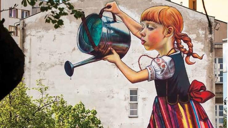 Bia ystok s ynny mural dziewczynka z konewk pod for Mural bialystok dziewczynka z konewka