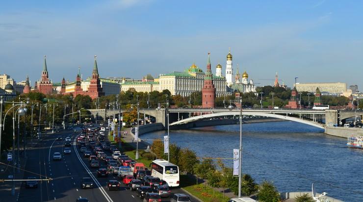 Przed Kremlem instalują pomnik św. Włodzimierza. Planowali go od lat