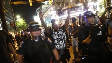 22-09-2016 07:21 Nie ustają zamieszki w Charlotte. 4 policjantów rannych