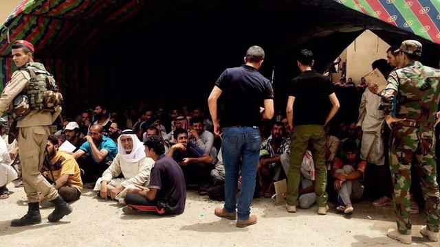 Irak: armia utworzyła drogę ewakuacyjną dla cywilów z Faludży