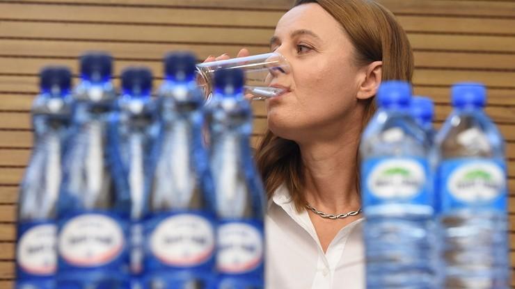 Żywiec Zdrój: niemożliwe, by w jednej zgrzewce były butelki z różnych partii