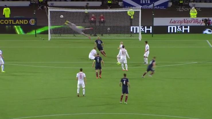 Szkoci wybrali najpiękniejszego gola 2015 roku. To ten strzelony Polsce! (WIDEO)