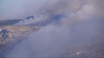 Pożary lasów w Grecji. Zbliżają się do budynków mieszkalnych