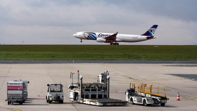 Francuscy śledczy: przyczyny katastrofy samolotu EgyptAir nadal nieznane