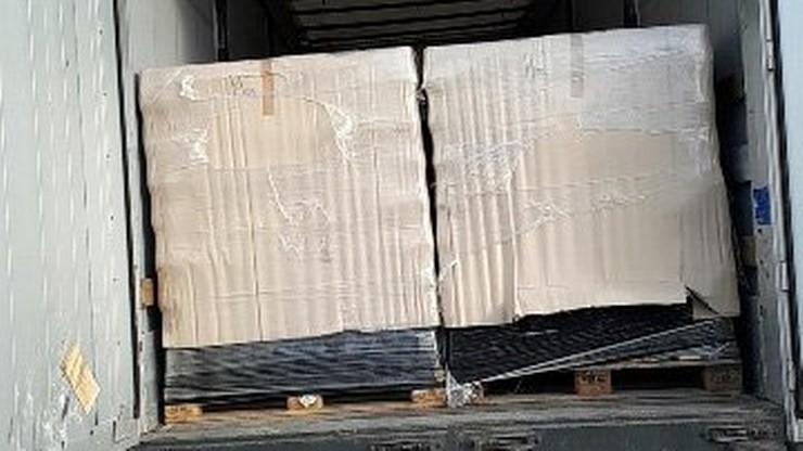 Gigantyczna próba przemytu. Ponad 14 tys. litrów alkoholu w polskiej ciężarówce