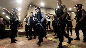 15-01-2016 08:15 Służby Indonezji: ISIS odpowiedzialne za atak w Dżakarcie