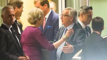 17-10-2017 05:44 Brexit: May i Juncker wzywają do przyspieszenia rozmów