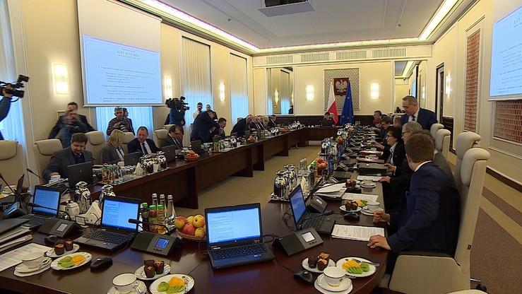 """Rząd unieważnił dokument dot. polityki migracyjnej Polski. """"Nie uwzględniał kryzysu migracyjnego"""""""