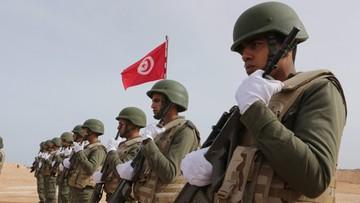 07-03-2016 14:39 Tunezja: armia zabiła 28 dżihadystów. Zginęli też cywile