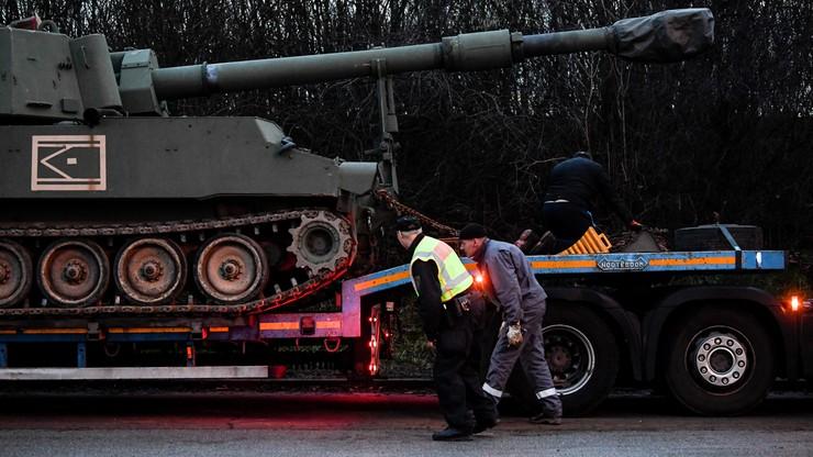 """""""Majstersztyk"""" polskiej spedycji. Niemiecka policja zatrzymała transport sześciu haubic. Wszystko poszło nie tak"""