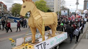 """23-04-2016 17:39 """"TTIP - Koń Trojański"""". Wielki protest przeciwko porozumieniu o wolnym handlu UE-USA"""