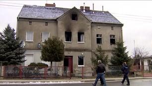 2 osoby zginęły w pożarze w Żaganiu. Ogień wybuchł, kiedy wszyscy spali