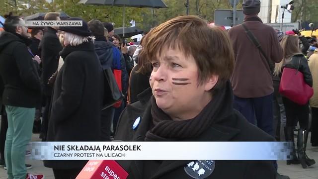 Uczestniczki Ogólnopolskiego II Strajku Kobiet przed Sejmem, protesty w całym kraju