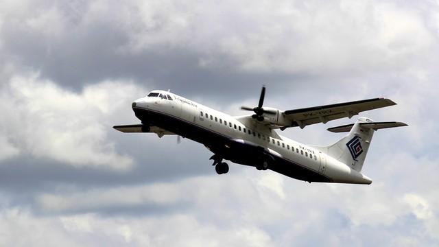 Indonezja: zaginął samolot z 54 osobami na pokładzie