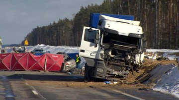 25-02-2017 11:06 Trzy osoby nie żyją, cztery są ranne. Tragiczny wypadek na Mazowszu