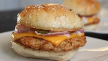 Mięso z kurczaka w McDonald's wolne od antybiotyków. Ale tylko w USA
