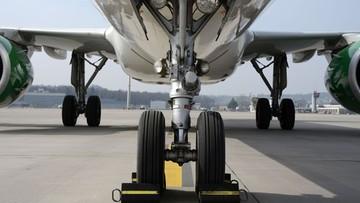 """03-01-2017 21:52 Polscy turyści utknęli w Tajlandii przez awarię samolotu. """"Zabrano nam paszporty"""""""