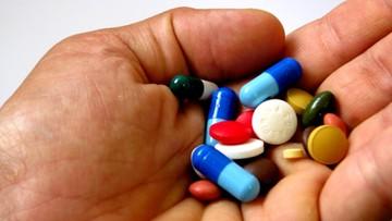 12-06-2016 09:11 Dziś wchodzi w życie ustawa wprowadzająca bezpłatne leki dla seniorów. Dostępne będą najpóźniej od września