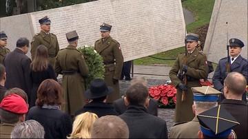 Na warszawskich Powązkach oddano hołd ofiarom katastrofy smoleńskiej