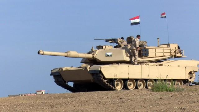 Iraccy żołnierze zginęli w nalotach koalicji. Szef Pentagonu: błąd obu stron