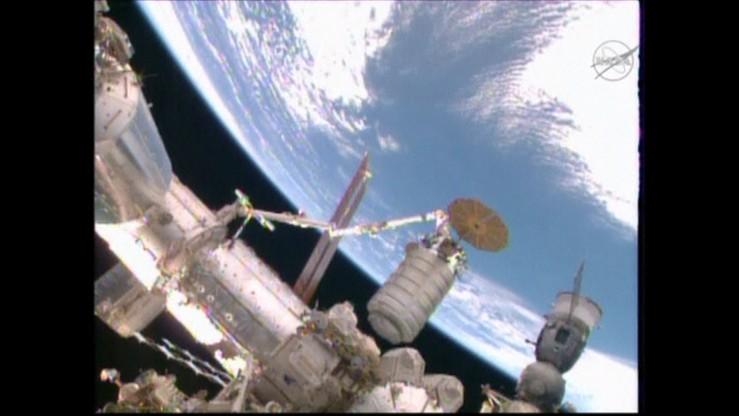 Kosmiczny statek transportowy dotarł do ISS. Zobacz nagranie