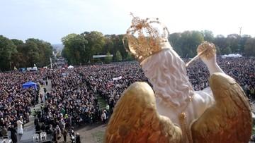 """16-10-2016 08:34 Ponad 100 tys. wiernych na Jasnej Górze odprawiło """"Wielką Pokutę"""""""
