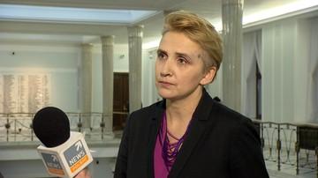 """12-12-2017 19:13 """"Ostrzeżenie i polityczne zlecenie"""". Nowoczesna chce informacji publicznej ws. kary dla TVN24"""