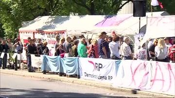 Protest przed Sejmem przeciwko zmianom w sądownictwie