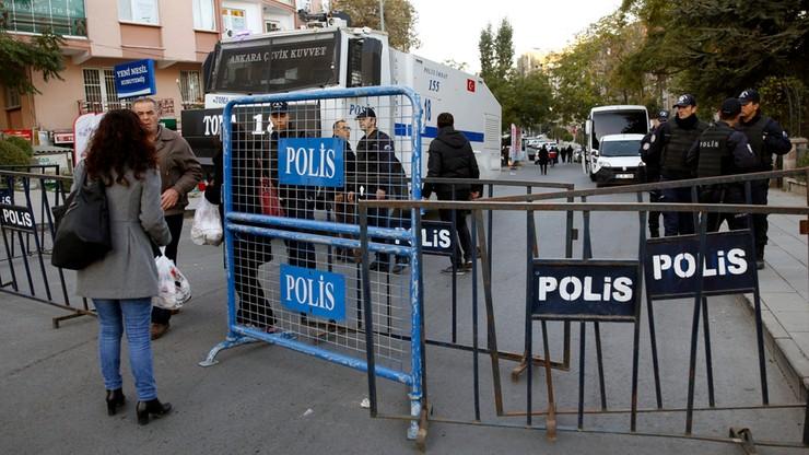 Turcja: krytyka UE ws. zatrzymania deputowanych – niedopuszczalna