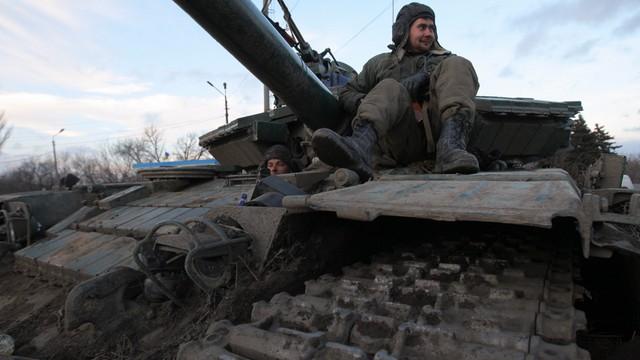 Ukraina: armia grozi użyciem artylerii przeciwko separatystom