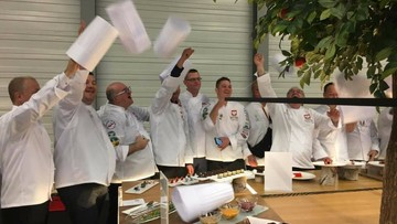 2016-10-23 Praliny zapewniły polskim kucharzom srebrny medal na olimpiadzie w Erfurcie. Historyczny sukces