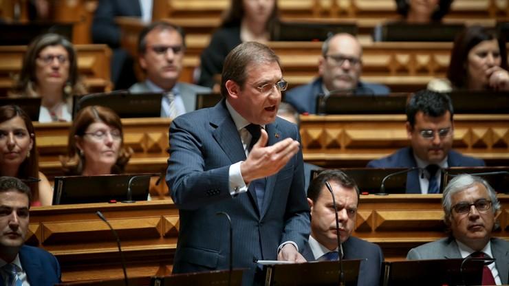 Hiszpania i Portugalia mogą zapłacić za nadmierny deficyt. KE podjęła pierwsze kroki
