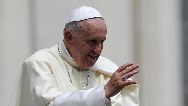 Papież usunął z urzędu kontrowersyjnego brazylijskiego biskupa