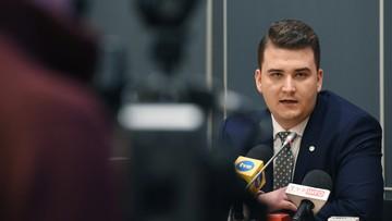 07-12-2016 12:07 Powrót Misiewicza. Znów jest szefem gabinetu politycznego i rzecznikiem MON