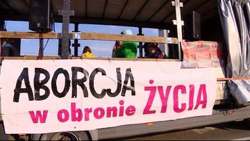 """Manifestacje kobiet w Warszawie, Wrocławiu i Poznaniu. """"Przeciw przemocy władzy"""""""