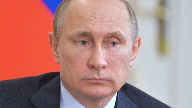 Putin zapewnia, że popiera porozumienie pokojowe na Ukrainie